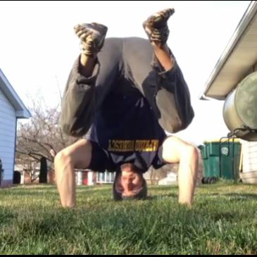 Looking for a Quick Energy Boost? – Try a Headstand